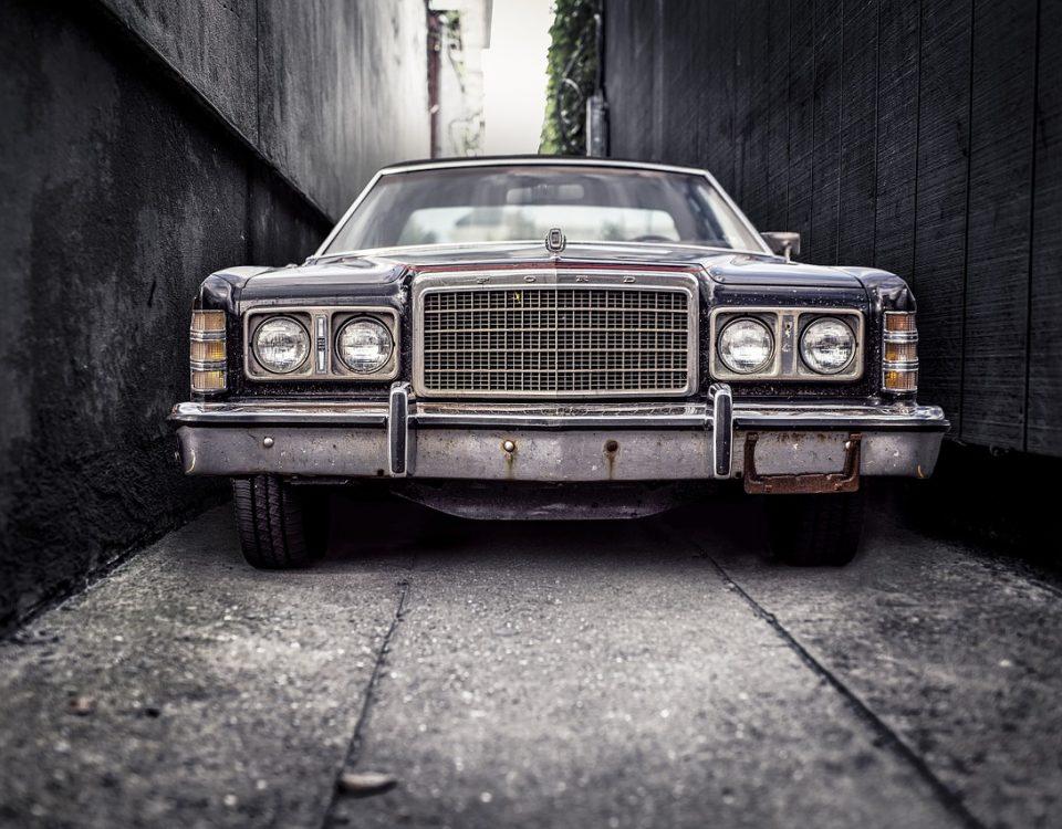 Old car-autorevizor